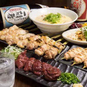 神田の居酒屋「とりいちず」で馬刺しと焼鳥を満喫する宴会